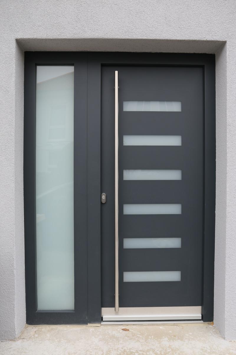 Entry Doors 9