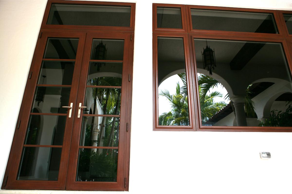 Swing Doors 16