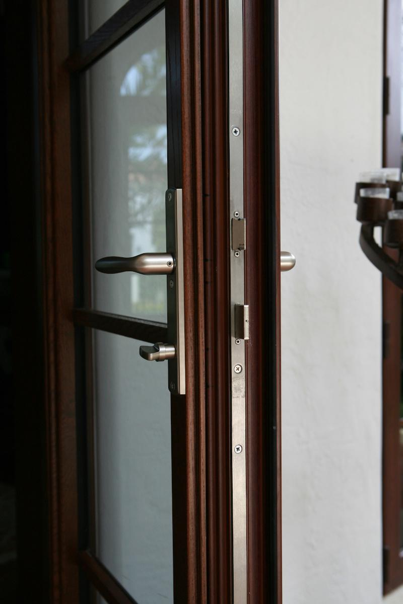 Swing Doors 18