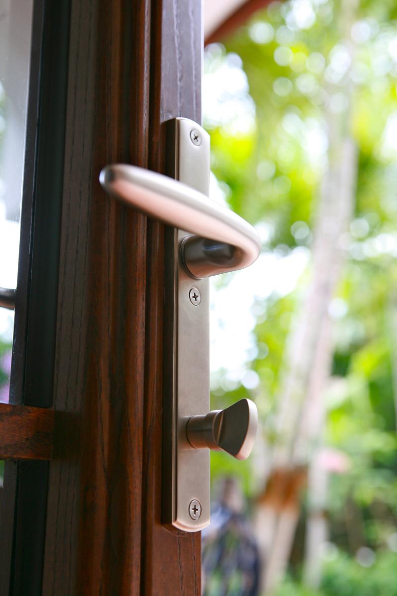 Swing Doors 19